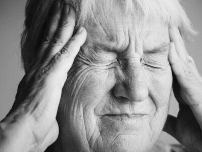 Migren Hastalarında Bunama Riski Daha Fazladır. Detaylı Bilgi İçin Tıklayınız.